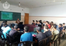 بالصور تنظيم دروس مراجعة لطلاب الثانوية العامة في شمال غزة
