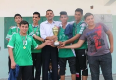 #صور|| الكتلة الإسلامية بمدرسة جمال عبد الناصر الثانوية تكرم الفائزين بالبطولة الرياضية