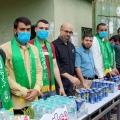 رئيس الكتلة الإسلامية أ. محمد فروانة خلال استقبال طلاب الثانوية العامة أثناء توجههم لقاعات الاختبارات