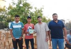 الكتلة الإسلامية في منطقة الغربية برفح تزور الطلاب المتفوقين في الثانوية العامة