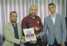 المكتب الاعلامي للكتلة بغرب غزة يكرم  قيادة الكتلة الاسلامية