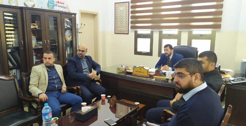 رئيس الكتلة أثناء زيارة وكيل وزارة التربية والتعليم د. زياد ثابت