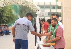 الكتلة الإسلامية في مدارس الوسطى الثانوية تستقبل الطلاب بمناسبة العام الدراسي الجديد